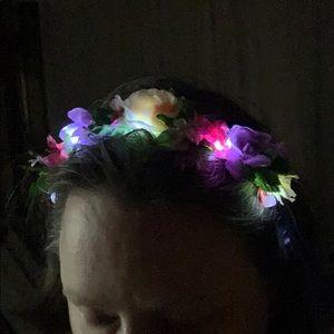 LIGHTS UP! Floral Headband! NWT